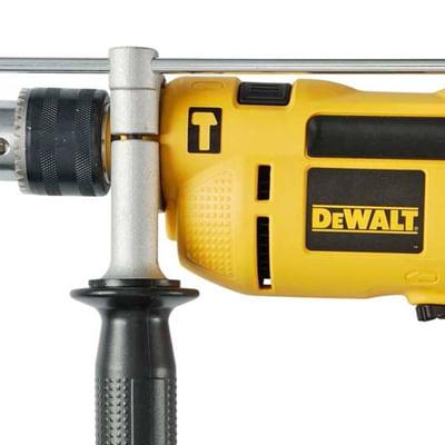 DWD502-FURADEIRA-DE-IMPACTO-DEWALT-1-2-POL.-650W-110v-2